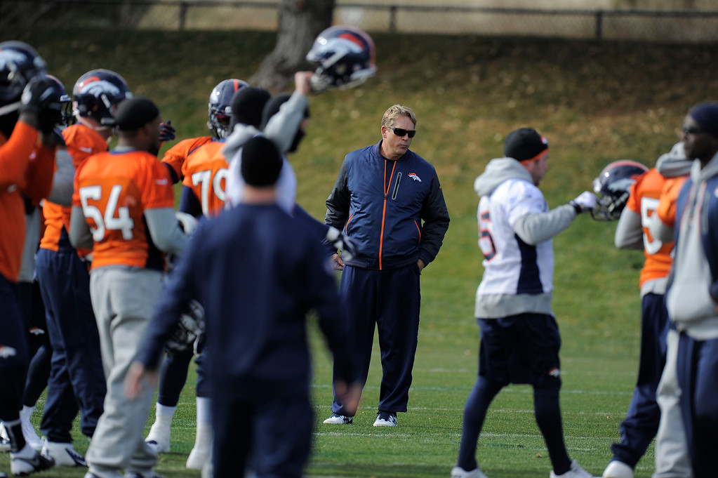 . Denver Broncos defensive coordinator Jack Del Rio looks on during practice November 4, 2013 at Dove Valley. The Denver Broncos on Monday named Defensive Coordinator Jack Del Rio as the team�s interim head coach, Executive Vice President of Football Operations John Elway announced.  (Photo by John Leyba/The Denver Post)