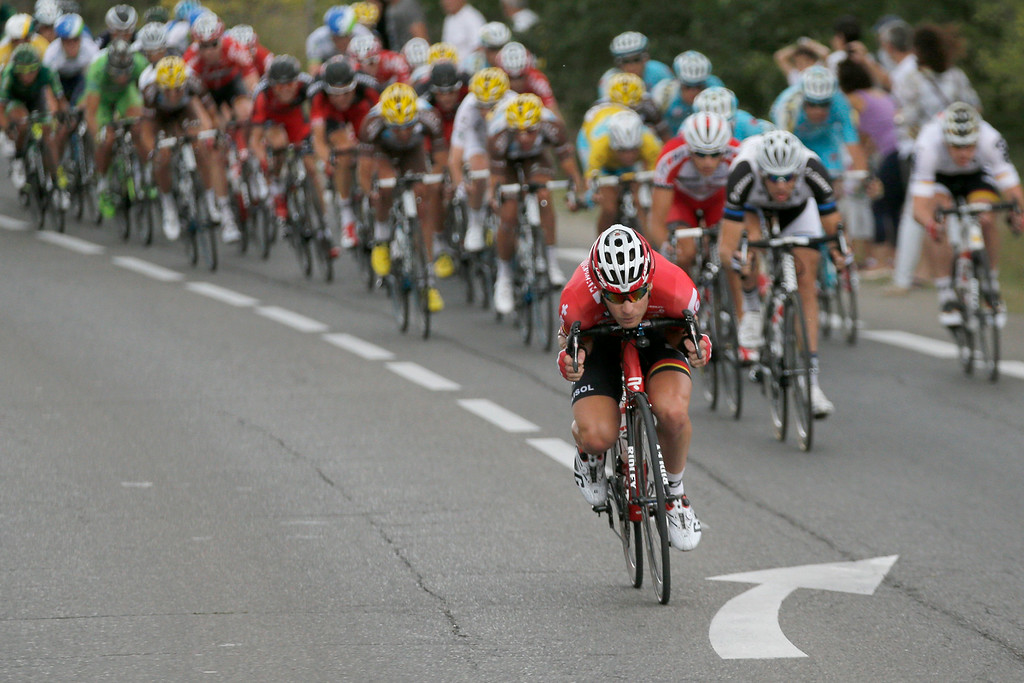 . The pack speeds downhill during the fifteenth stage of the Tour de France cycling race over 222 kilometers (137.9 miles) with start in Tallard and finish in Nimes, France, Sunday, July 20, 2014. (AP Photo/Christophe Ena)