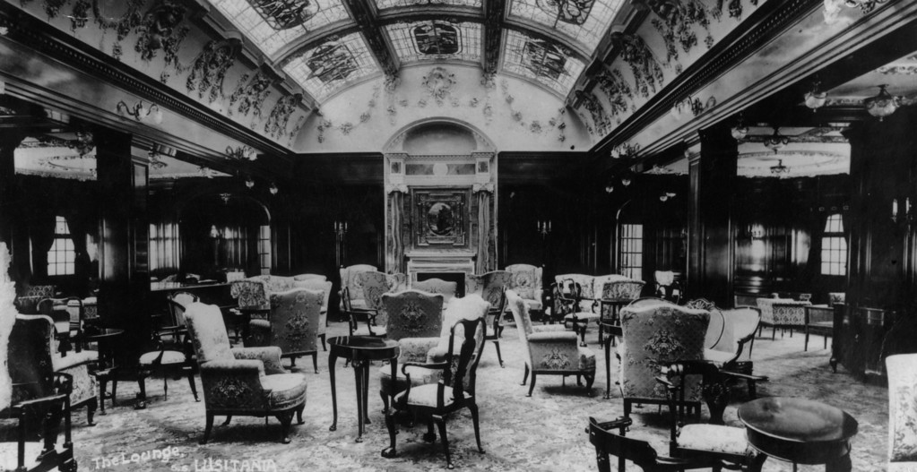 . circa 1910:  The magnificent lounge of the Cunard steamship Lusitania.  (Photo by Hulton Archive/Getty Images)