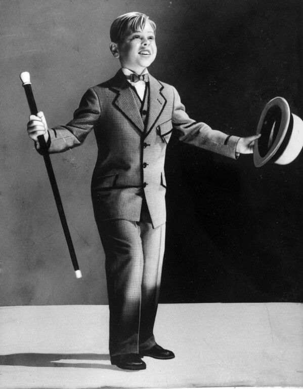 . Child actor Mickey Rooney, 7, is shown as a performer in this undated photo.  (AP Photo/File)