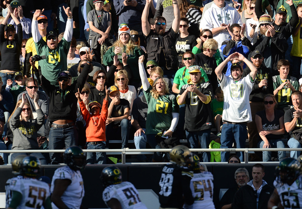 . University of Oregon fans cheer the team during the game against University of Colorado at Folsom Field. Boulder, Colorado. October 5, 2013. Oregon won 57-16. (Photo by Hyoung Chang/The Denver Post)