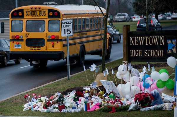 Photos: Students in Newtown return to class after shooting at Sandy Hook Elementary