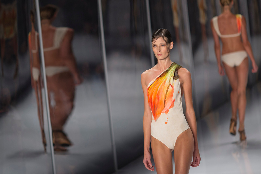 . A model wears a creation from the Lenny Niemeyer collection during Fashion Week in Rio de Janeiro, Brazil, Friday, April 11, 2014. (AP Photo/Felipe Dana)