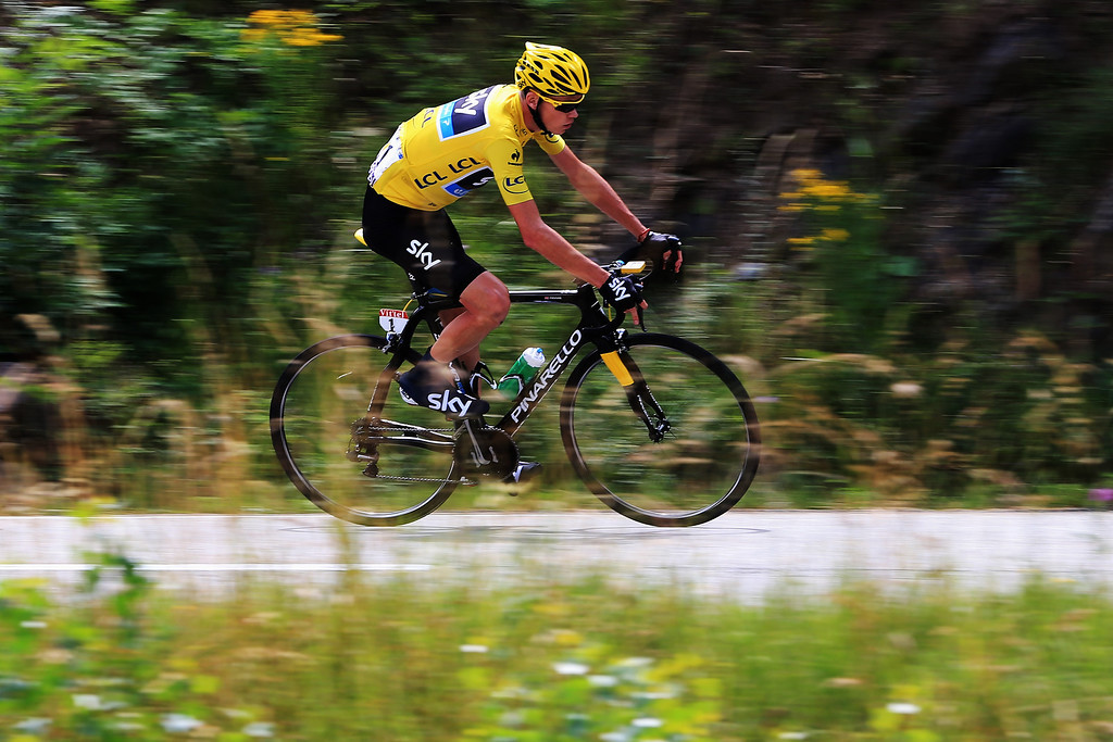 . ALPE D\'HUEZ, FRANCE - JULY 18:  Chris Froome of Great Britain and Team Sky Procycling rides during stage eighteen of the 2013 Tour de France, a 172.5KM road stage from Gap to l\'Alpe d\'Huez, on July 18, 2013 in Alpe d\'Huez, France.  (Photo by Doug Pensinger/Getty Images)
