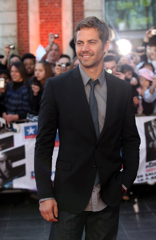""". Paul Walker  attends \""""Fast & Furious 4\""""  Photocall at Lomme - Kinepolis on March 18, 2009  in Lille, France. (Photo by Mark Renders/Getty Images)"""