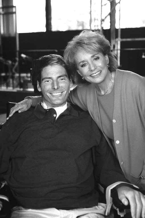 """. ABC NEWS - 9/29/95 - In his first interview since he was left paralyzed from the neck down, actor Christopher Reeve talks with Barbara Walters on a special ABC News\' \""""20/20,\"""" airing Friday, Sept. 29, at the Kessler Institute for Rehabilitation in New Jersey. (ABC PHOTO ARCHIVES) CHRISTOPHER REEVE, BARBARA WALTERS"""