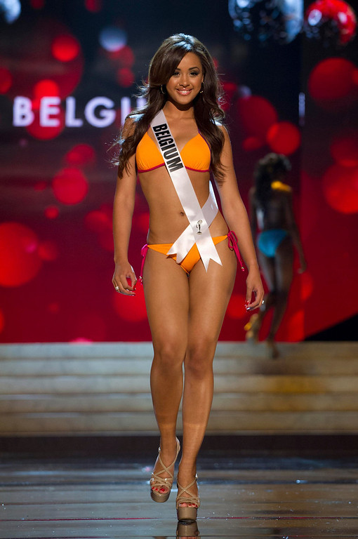 . Miss Belgium Laura Beyne competes in her Kooey Australia swimwear and Chinese Laundry shoes during the Swimsuit Competition of the 2012 Miss Universe Presentation Show at PH Live in Las Vegas, Nevada December 13, 2012. The 89 Miss Universe Contestants will compete for the Diamond Nexus Crown on December 19, 2012. REUTERS/Darren Decker/Miss Universe Organization/Handout
