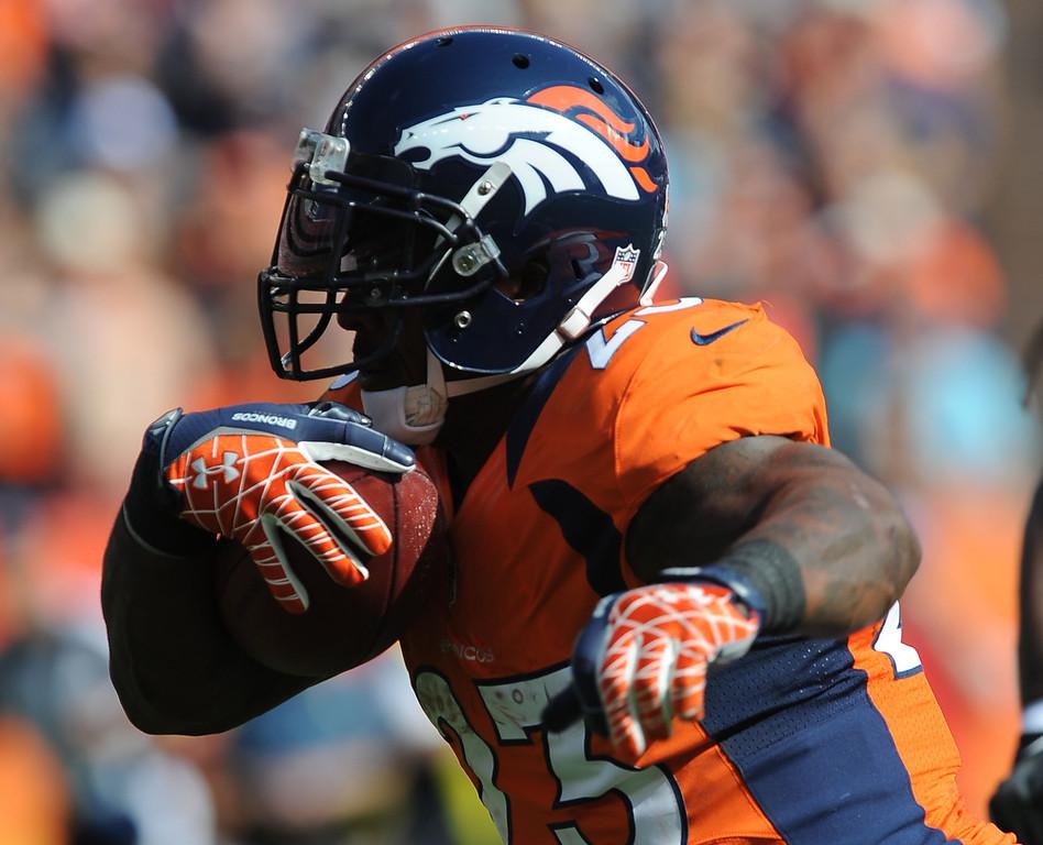 . Denver Broncos running back Willis McGahee vs. Oakland Sunday at Sports Authority Field. Steve Nehf, The Denver Post