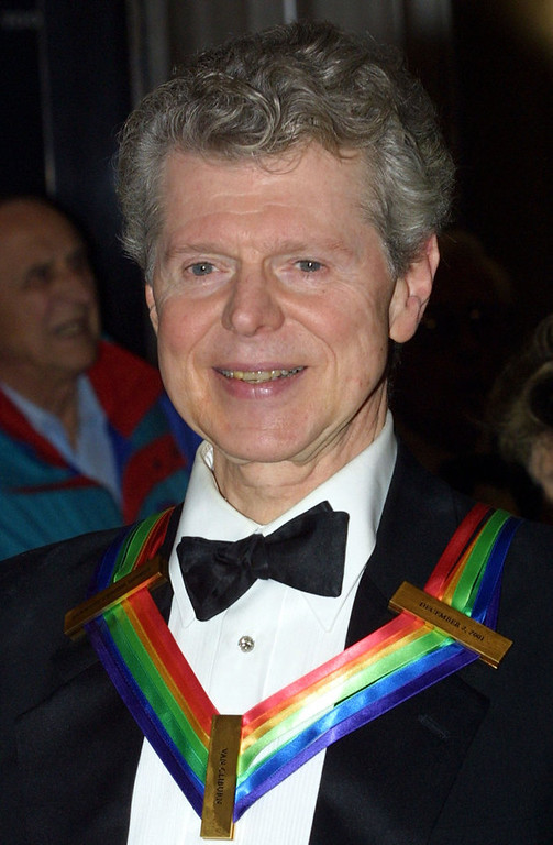 . Pianist Van Cliburn arrives at the annual Kennedy Center Honors Gala on December 2, 2001 at the Kennedy Center in Washington, DC. Cliburn is one of the five recipients honored. (Photo by Alex Wong/Getty Images)