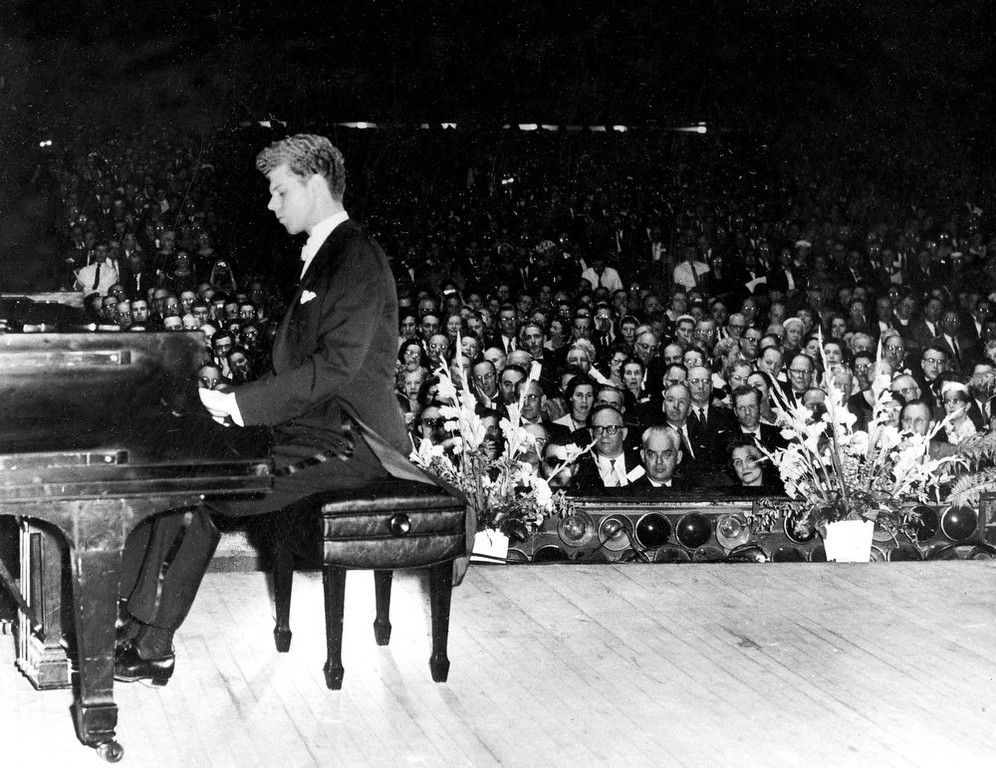 . Pianist Van Cliburn performing for the American Association of School Administrators at the Convention Hall in Atlantic, City, N.J on Feb. 19, 1959.  Cliburn, the internationally celebrated pianist whose triumph at a 1958 Moscow competition helped thaw the Cold War and launched a spectacular career that made him the rare classical musician to enjoy rock star status  died early Wednesday, Feb. 27, 2013, at his Fort Worth home following a battle with bone cancer.  He was 78. (AP Photo, file)