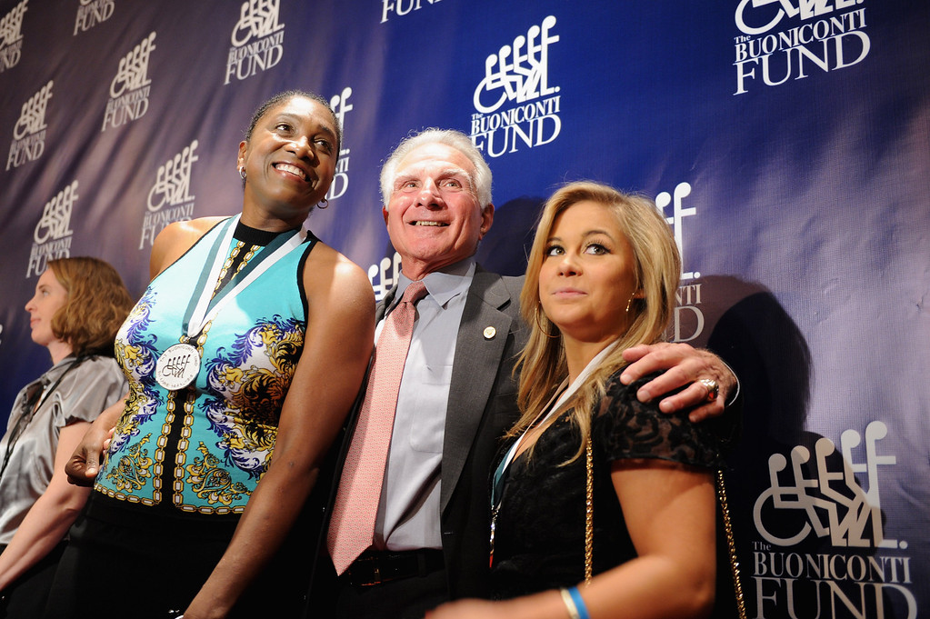 . Nick Buoniconti (C) poses with Legends former WNBA Teresa Edwards (L) and gymnast Shawn Johnson (R) at the 28th Annual Great Sports Legends Dinner to Benefit The Buoniconti Fund To Cure Paralysis at The Waldorf Astoria on September 30, 2013 in New York City.  (Photo by Bryan Bedder/Getty Images for The Buoniconti Fund To Cure Paralysis)