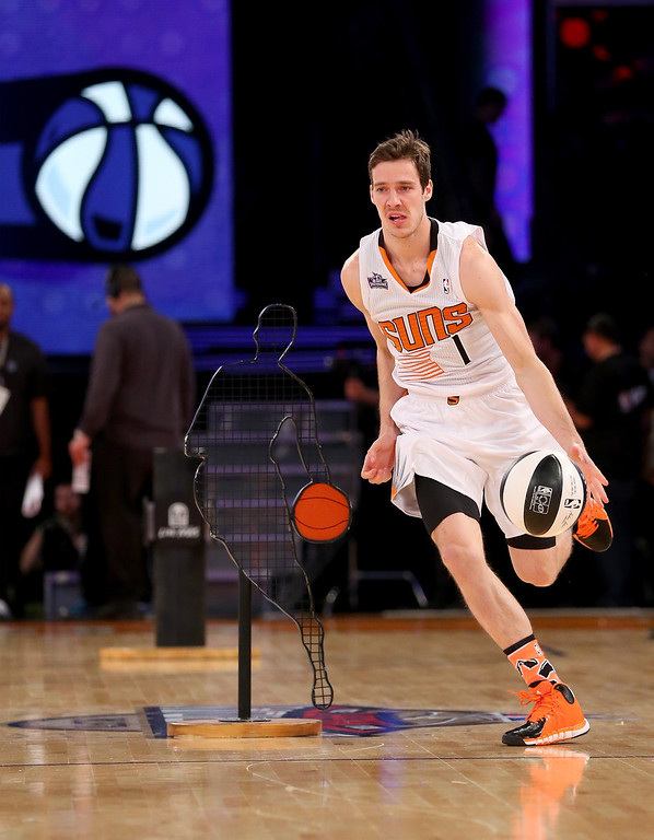 . NEW ORLEANS, LA - FEBRUARY 15:  Western Conference All-Star Goran Dragic #1 of the Phoenix Suns competes in the Taco Bell Skills Challenge 2014 as part of the 2014 NBA All-Star Weekend at the Smoothie King Center on February 15, 2014 in New Orleans, Louisiana. (Photo by Ronald Martinez/Getty Images)