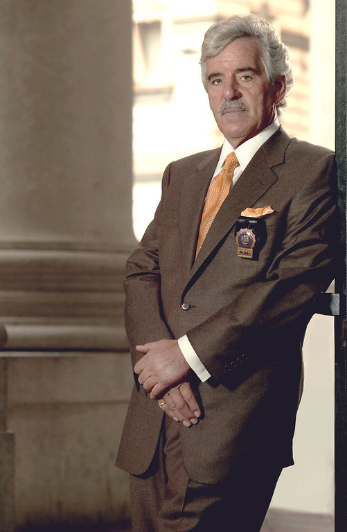 ". This 2004 file image released by NBC shows actor Dennis Farina in character as Police Detective Joe Fontana on NBC\'s ""Law & Order.\""   (AP Photo/NBC, Paul Drinkwater, File)"
