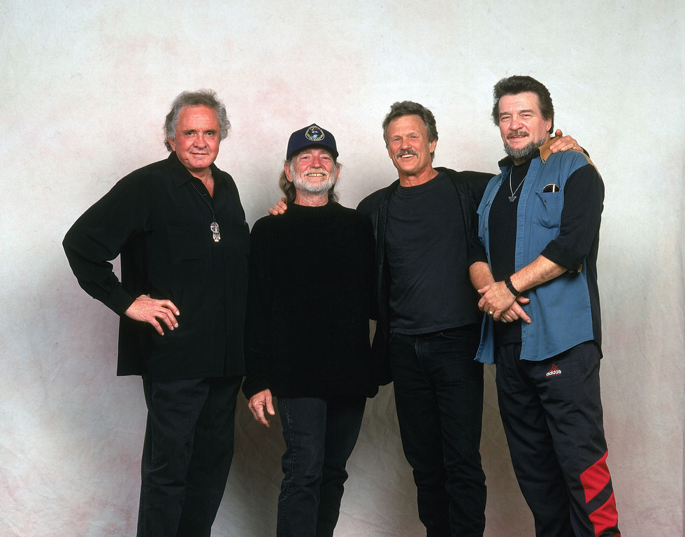 ". The Highwaymen, from left, Johnny Cash, Willie Nelson, Kris Kristofferson and Waylon Jennings, pose for a group portrait during a break in a rehearsal for ""Late Night with David Letterman,\"" in New York City, May 1, 1995.  The four musicians, each a country music star, have made three albums together.  (AP Photo/Wyatt Counts)"