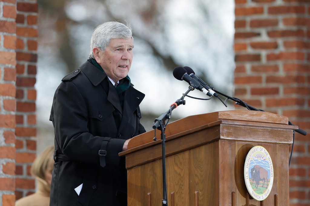. Historian James McPherson speaks during a ceremony commemorating the 150th anniversary of the dedication of the Soldiers\' National Cemetery and President Abraham Lincoln\'s Gettysburg Address, Tuesday, Nov. 19, 2013, in Gettysburg, Pa. Lincoln\'s speech was first delivered in Gettysburg nearly five months after the major battle that left tens of thousands of men wounded, dead or missing. (AP Photo/Matt Rourke)
