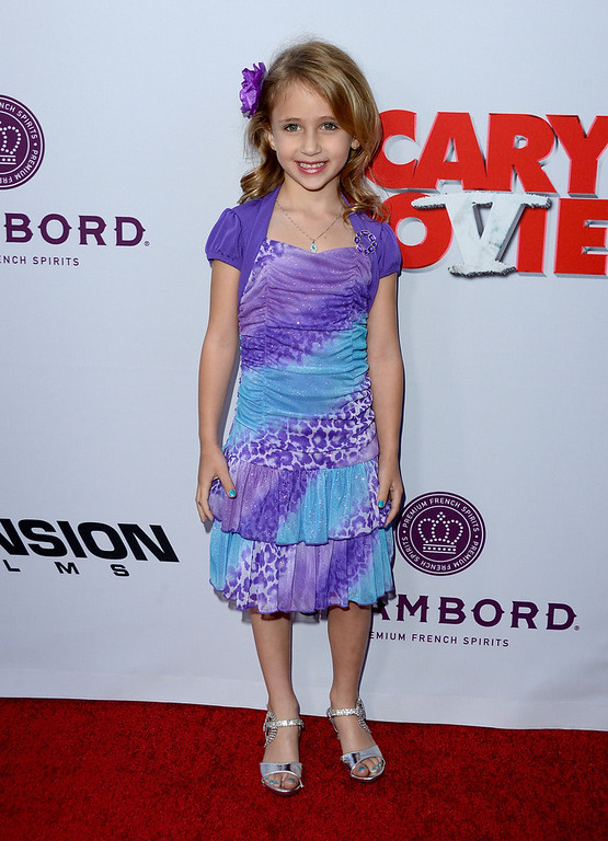 """. Actress Ava Kolker arrives at the Dimension Films\' \""""Scary Movie 5\"""" premiere at the ArcLight Cinemas Cinerama Dome on April 11, 2013 in Hollywood, California.  (Photo by Jason Merritt/Getty Images)"""
