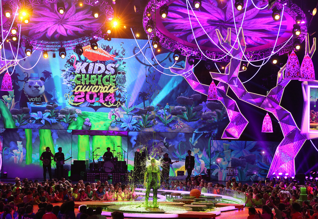. Mark Wahlberg gets slimed on stage at the 27th annual Kids\' Choice Awards at the Galen Center on Saturday, March 29, 2014, in Los Angeles. (Photo by Matt Sayles/Invision/AP)