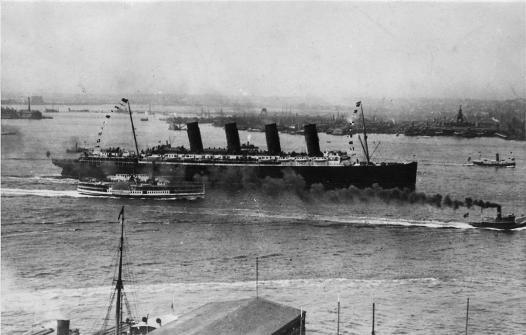 . The Cunard liner Lusitania, one of only 14 four-stackers ever built steaming into New York harbor.   (Photo by Keystone/Getty Images)