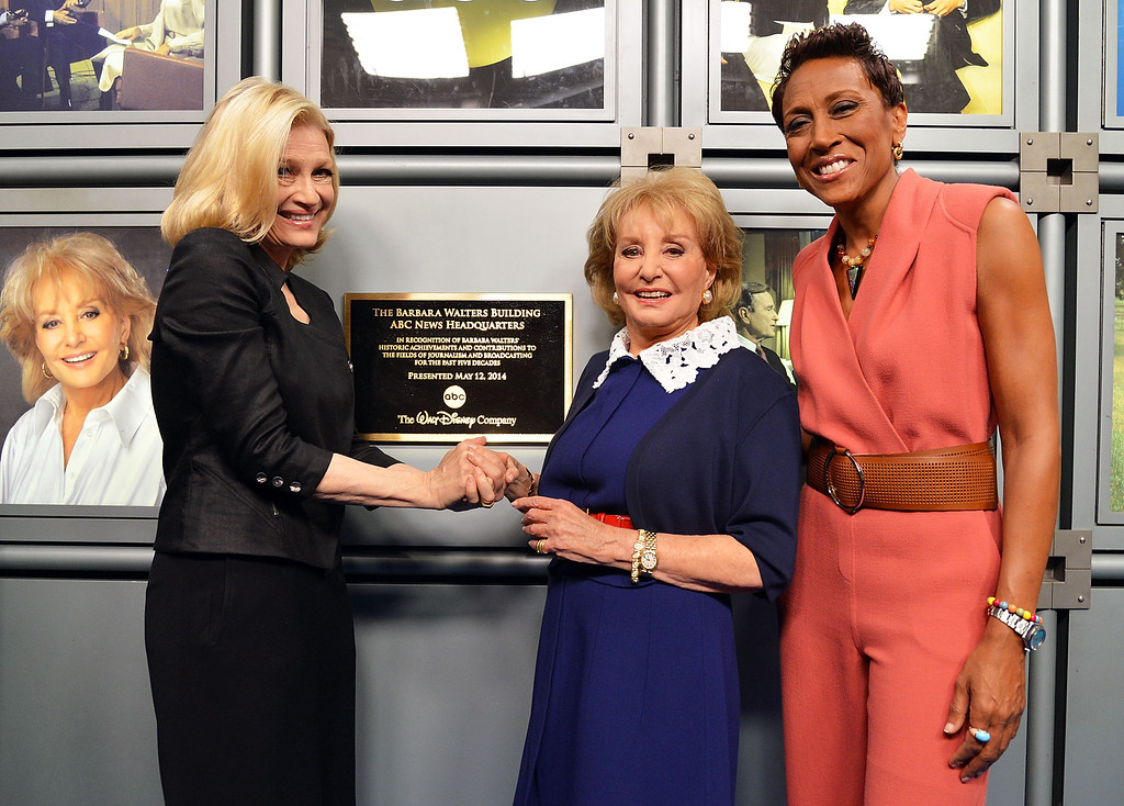 """. NEW YORK, NY - MAY 12:  (L-R) ABC News anchor Diane Sawyer, Barbara Walters and ABC\'s \""""Good Morning America\"""" anchor Robin Roberts attend  the dedication ceremony as ABC News headquarters in New York is proclaimed \""""The Barbara Walters Building\"""" ABC News Headquarters Dedication Ceremony on May 12, 2014 in New York City.  (Photo by Slaven Vlasic/Getty Images)"""