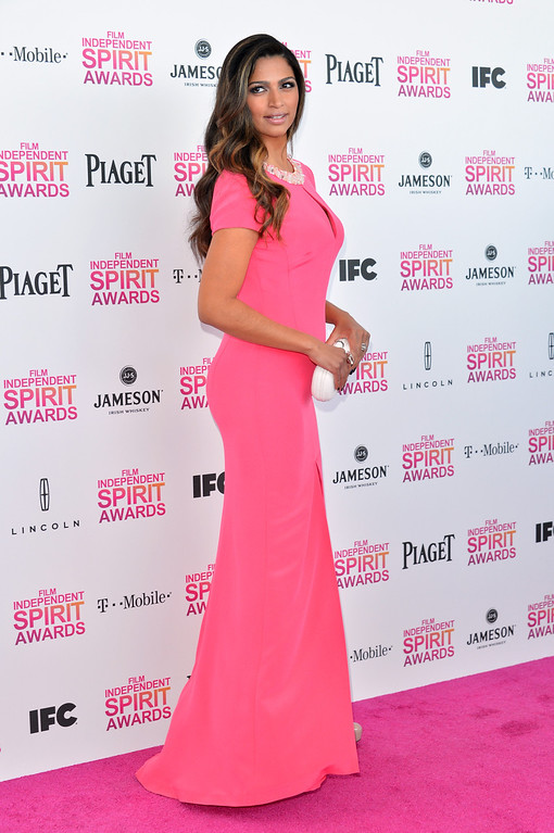 . SANTA MONICA, CA - FEBRUARY 23:  Model Camila Alves attends the 2013 Film Independent Spirit Awards at Santa Monica Beach on February 23, 2013 in Santa Monica, California.  (Photo by Alberto E. Rodriguez/Getty Images)