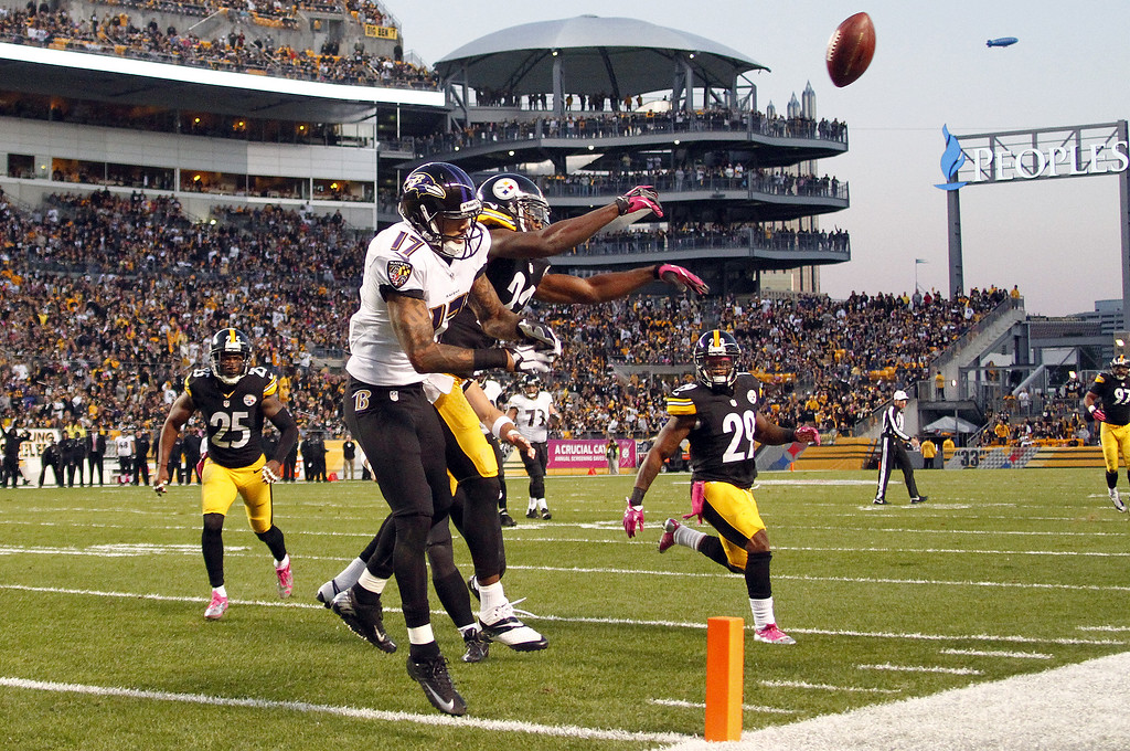 . William Gay #22 of the Pittsburgh Steelers breaks up a pass to Tandon Doss #17 of the Baltimore Ravens during the game on October 20, 2013 at Heinz Field in Pittsburgh, Pennsylvania.  (Photo by Justin K. Aller/Getty Images)
