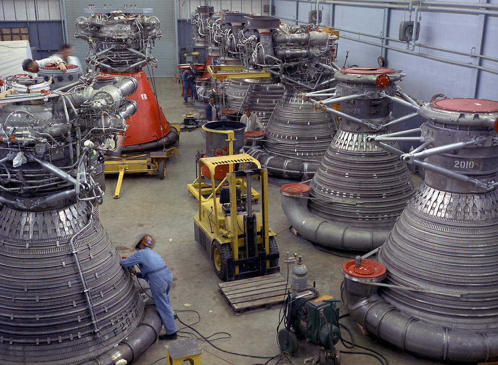 . F-1 engines being stored in the F-1 Engine Preparation Shop. (NASA/MSFC)