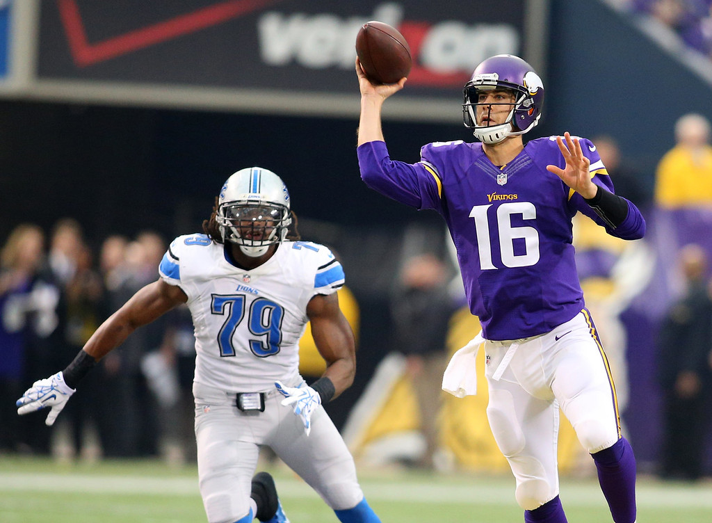 . Matt Cassel #16 of the Minnesota Vikings passes the ball against the Detroit Lions on December 29, 2013 at Mall of America Field at the Hubert H. Humphrey Metrodome in Minneapolis, Minnesota. (Photo by Adam Bettcher/Getty Images)