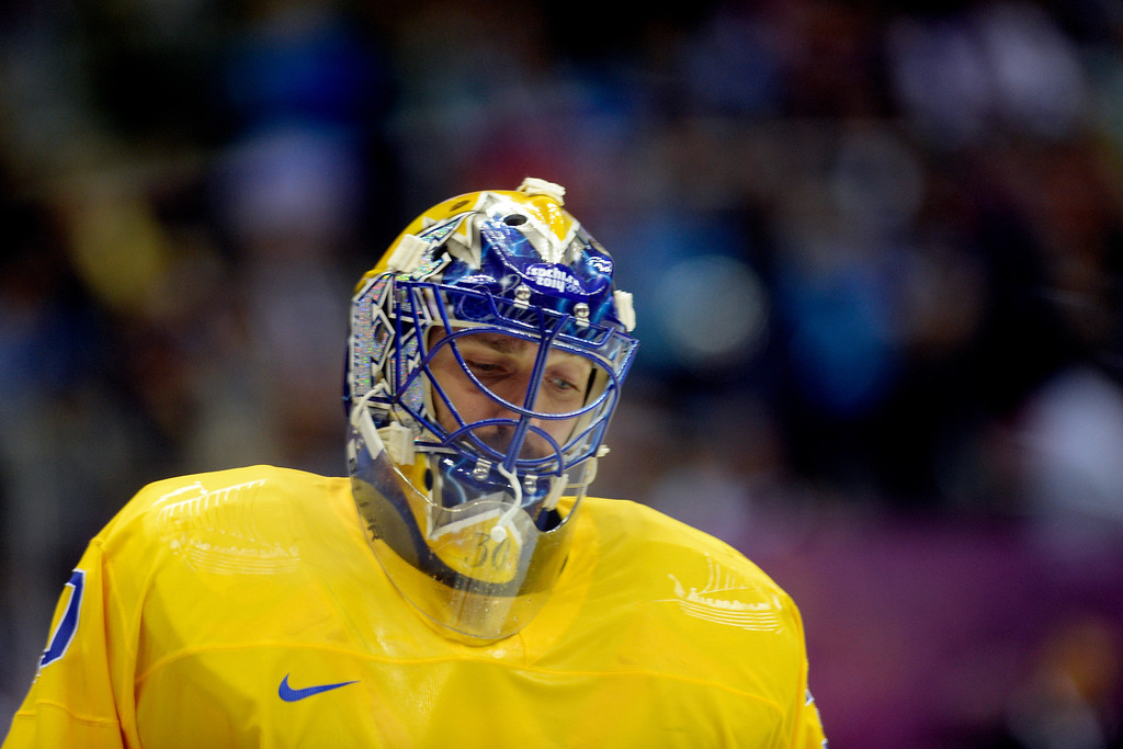 . Sweden goalie Henrik Lundqvist takes a breather against Switzerland during the third period of Sweden\'s 1-0 preliminary round group C win at Bolshoy Arena. Sochi 2014 Winter Olympics on Friday, February 14, 2014. (Photo by AAron Ontiveroz/The Denver Post)