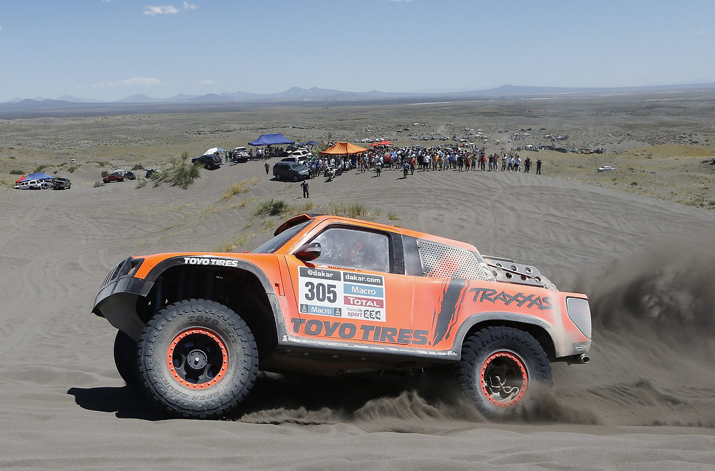 . US Robby Gordon in action during the second stage of the Rally Dakar 2014 between the Argentinean localities of San Luis and San Rafael, 06 January 2014. Rally Dakar will run between 4 and 18 January across Argentina, Bolivia and Chile.  EPA/Felipe Trueba