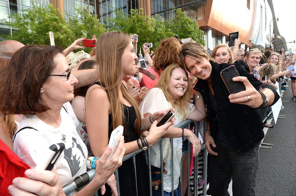 . Keith Urban attends the 2014 CMT Music Awards at Bridgestone Arena on June 4, 2014 in Nashville, Tennessee.  (Photo by Rick Diamond/Getty Images for CMT)