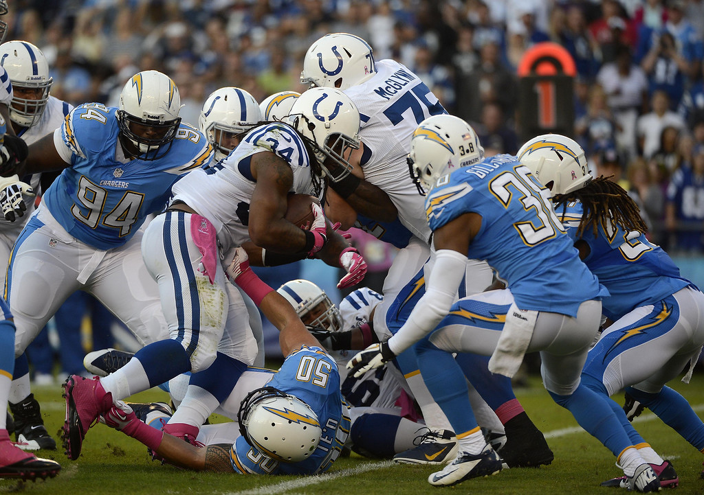 . Trent Richardson #34 of the Indianapolis Colts runs the ball against the San Diego Chargers on October 14, 2013 at Qualcomm Stadium in San Diego, California. (Photo by Donald Miralle/Getty Images)