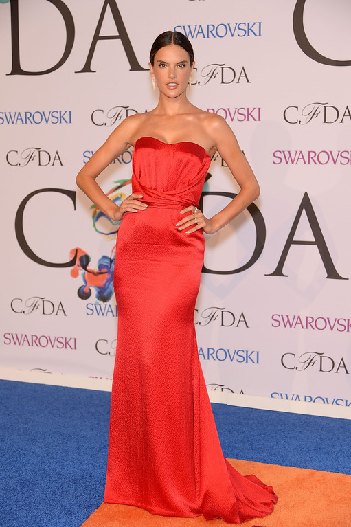 . Model Alessandra Ambrosio attends the 2014 CFDA fashion awards at Alice Tully Hall, Lincoln Center on June 2, 2014 in New York City.  (Photo by Dimitrios Kambouris/Getty Images)