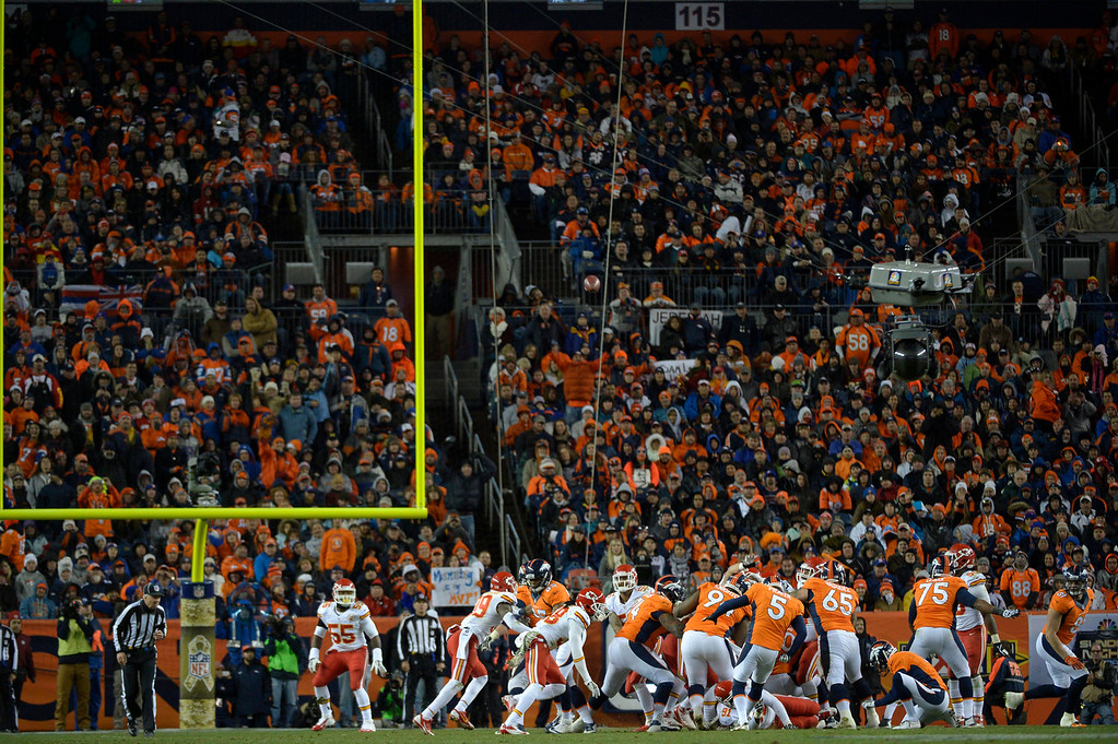 . Denver Broncos kicker Matt Prater (5) makes a field goal during the fourth quarter. The Broncos beat the Chiefs 27-17. The Denver Broncos vs. the Kansas City Chiefs at Sports Authority Field at Mile High in Denver on November 17, 2013. (Photo by Joe Amon/The Denver Post)
