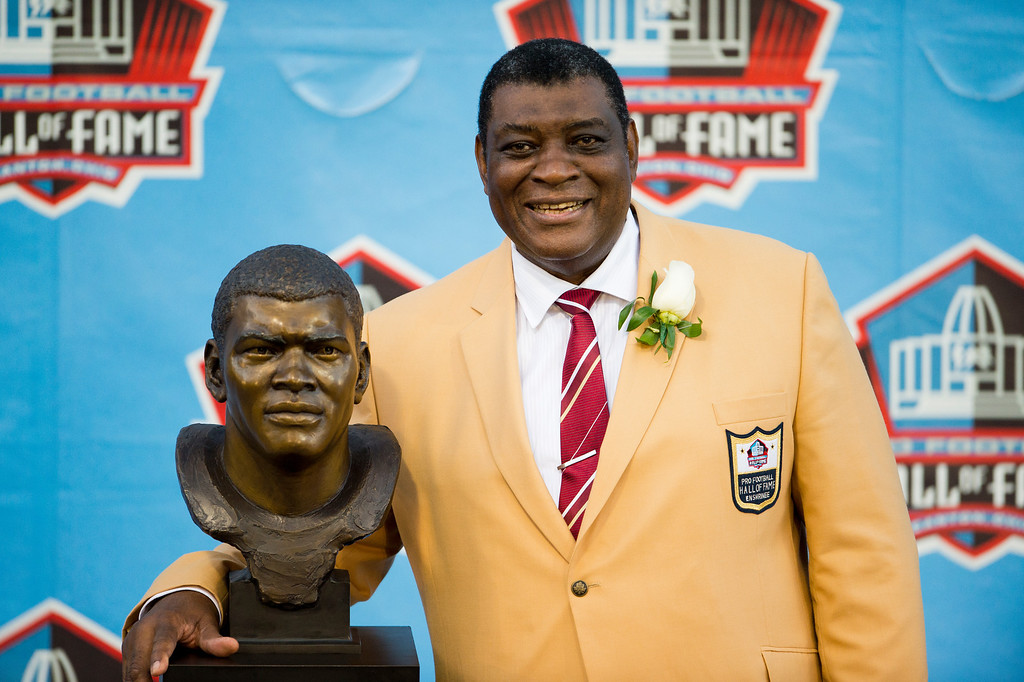 . CANTON, OH - AUGUST 3: Former linebacker Dave Robinson of the Green Bay Packers poses with his Hall of Fame bust during the NFL Class of 2013 Enshrinement Ceremony at Fawcett Stadium on Aug. 3, 2013 in Canton, Ohio. (Photo by Jason Miller/Getty Images)