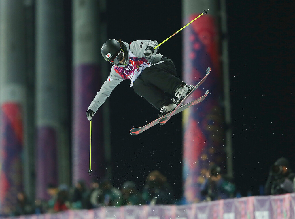 . Japan\'s Ayana Onozuka gets air during women\'s ski halfpipe final at the Rosa Khutor Extreme Park, at the 2014 Winter Olympics, Thursday, Feb. 20, 2014, in Krasnaya Polyana, Russia. (AP Photo/Sergei Grits)