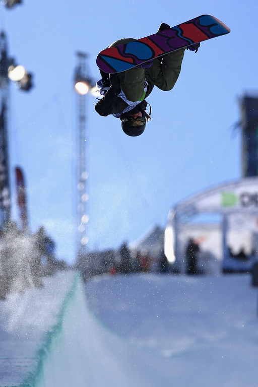 . Kelly Clark in action en route to a second place finish in the women\'s snowboard superpipe final at the Dew Tour iON Mountain Championships on December 14, 2013 in Breckenridge, Colorado.  (Photo by Doug Pensinger/Getty Images)
