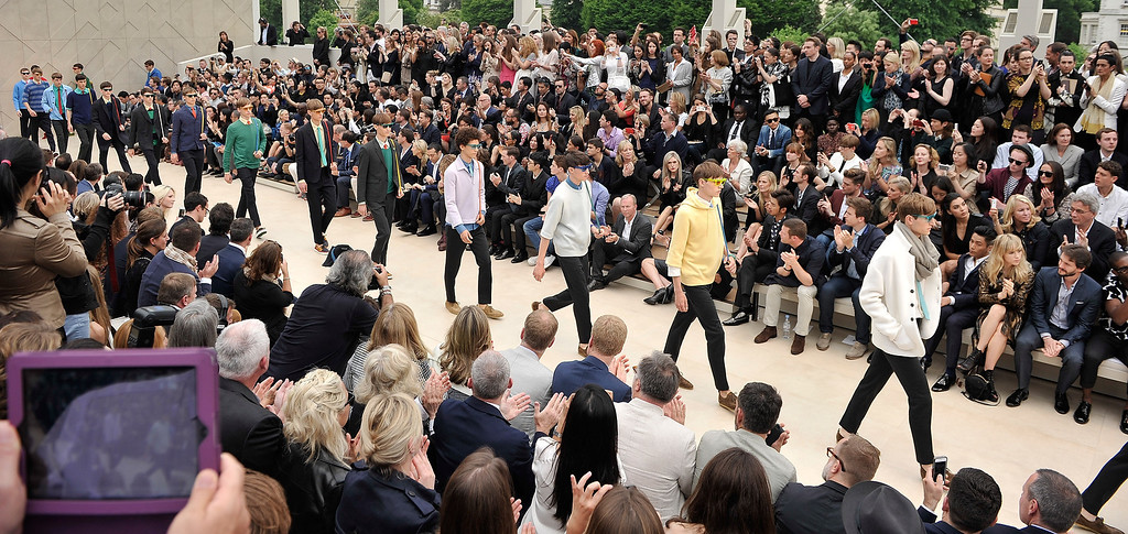 . A general view of the finale at Burberry Menswear Spring/Summer 2014 at Kensington Gardens on June 18, 2013 in London, England.  (Photo by Gareth Cattermole/Getty Images for Burberry)