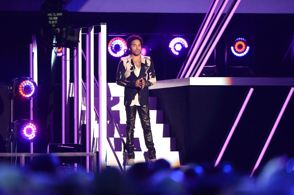 . NASHVILLE, TN - JUNE 05:  Lenny Kravitz speaks onstage during the 2013 CMT Music awards at the Bridgestone Arena on June 5, 2013 in Nashville, Tennessee.  (Photo by Jason Merritt/Getty Images)