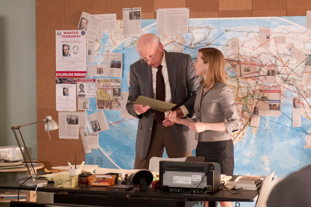 . James Rebhorn as Frank Mathison, Carrie\'s father, and Amy Hargreaves as Maggie Mathison, Carrie\'s sister and a psychiatrist.