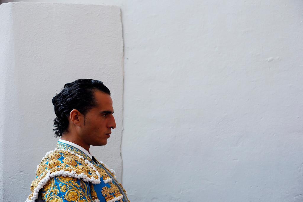 . Spanish bullfighter Ivan Fandino waits for the start of the fifth bullfight of the San Fermin festival in Pamplona July 11, 2013. REUTERS/Susana Vera