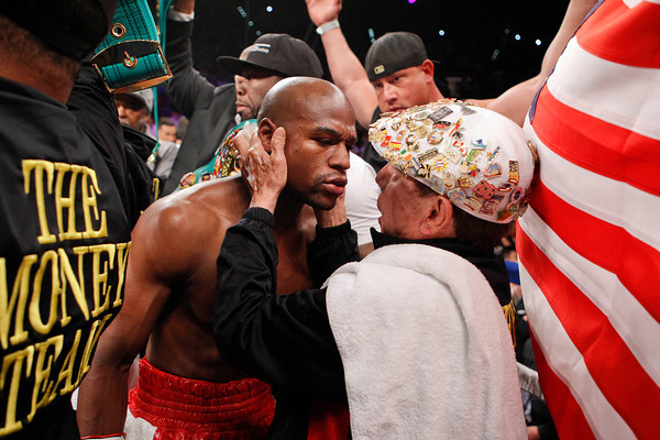 PHOTOS: Floyd Mayweather Jr. five-division world champion