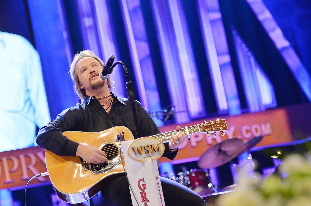 . Country musician Travis Tritt performs at the funeral service for George Jones at The Grand Ole Opry on May 2, 2013 in Nashville, Tennessee.  (Photo by Rick Diamond/Getty Images for GJ Memorial)