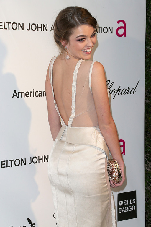 . Actress Lili Simmons arrives at the 21st Annual Elton John AIDS Foundation\'s Oscar Viewing Party on February 24, 2013 in Los Angeles, California.  (Photo by Frederick M. Brown/Getty Images)