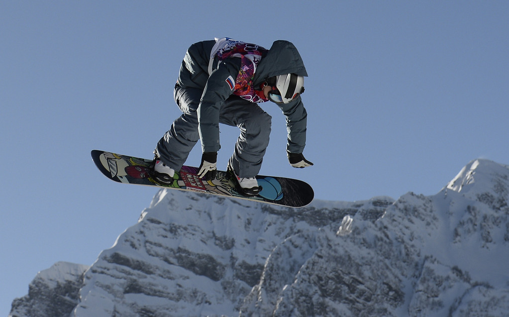 . Russia\'s Alexey Sobolev competes in the Men\'s Snowboard Slopestyle qualifications at the Rosa Khutor Extreme Park during the Sochi Winter Olympics on February 6, 2014.  AFP PHOTO / FRANCK FIFE/AFP/Getty Images