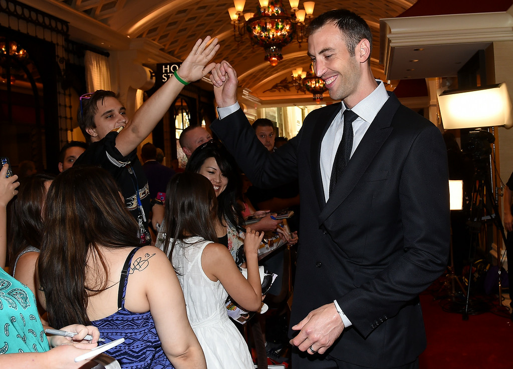 . Zdeno Chara of the Boston Bruins arrives on the red carpet prior to the 2014 NHL Awards at Encore Las Vegas on June 24, 2014 in Las Vegas, Nevada.  (Photo by Ethan Miller/Getty Images)