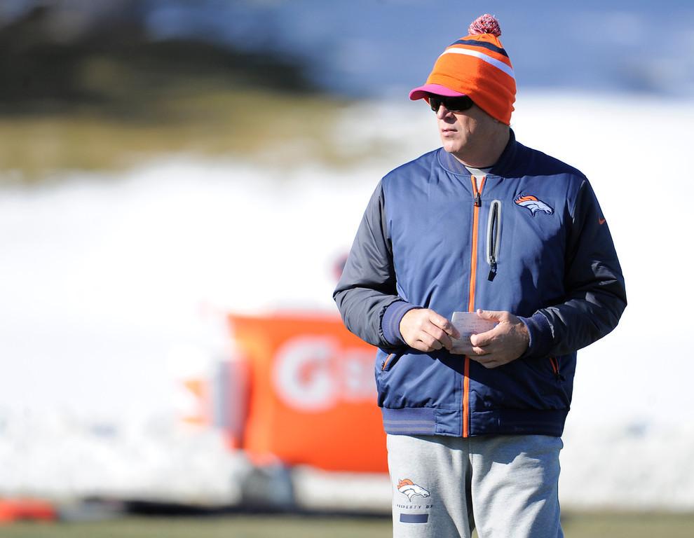 . Denver Broncos Jack Del Rio looks on during practice Thursday, December 20, 2012 at Dove Valley.  John Leyba, The Denver Post