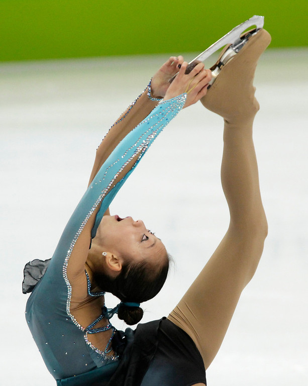 . South Korea\'s Kwak Min-Jung performs her free program during the women\'s figure skating competition at the Vancouver 2010 Olympics in Vancouver, British Columbia, Thursday, Feb. 25, 2010. (AP Photo/Ivan Sekretarev)