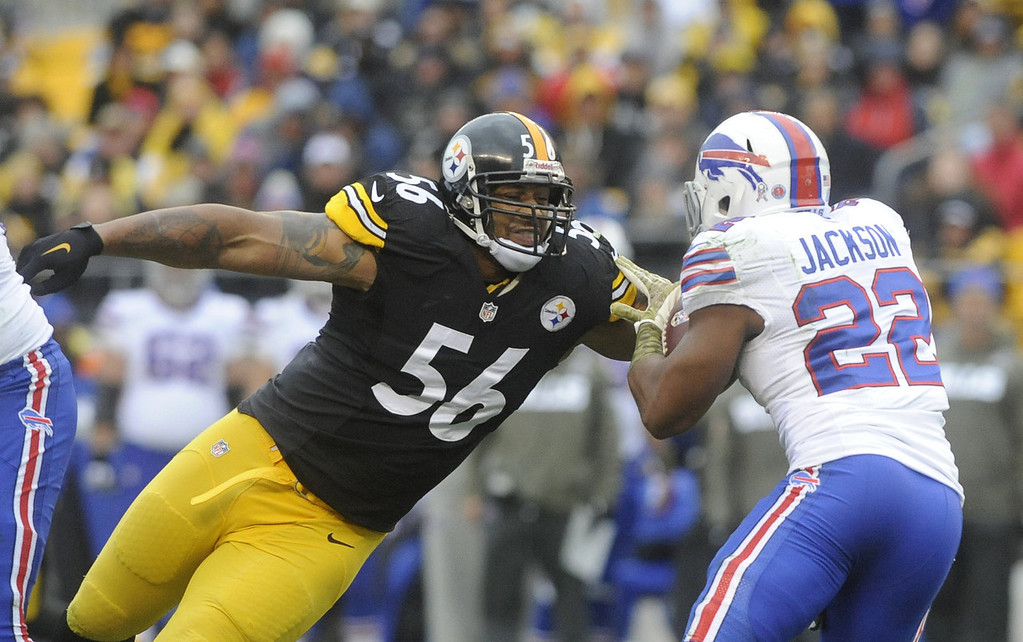 . LaMarr Woodley #56 of the Pittsburgh Steelers stretches to tackle Fred Jackson #22 of the Buffalo Bills during the second quarter at Heinz Field on November 10, 2013 in Pittsburgh, Pennsylvania. (Photo by Vincent Pugliese/Getty Images)