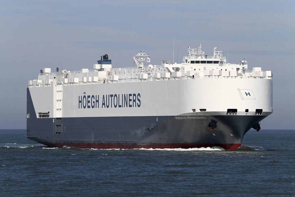 """. This undated handout picture released by Hoegh Autoliners shows the Norwegian company\'s vessel Höegh St Petersburg\"""" which was asked by Australian authorities to assist in the search of the debris of the missing Boing 777 of Malaysia Airlines flight MH370 . The vessel is expected to arrive on March 20, 2014 at the site where debris up to 24m long where spotted in the Indian Ocean some 2,500 kilometres southwest of Perth, Australia. AFP PHOTO / SCANPIX NORWAY/HOEGH AUTOLINERS/AFP/Getty Images"""