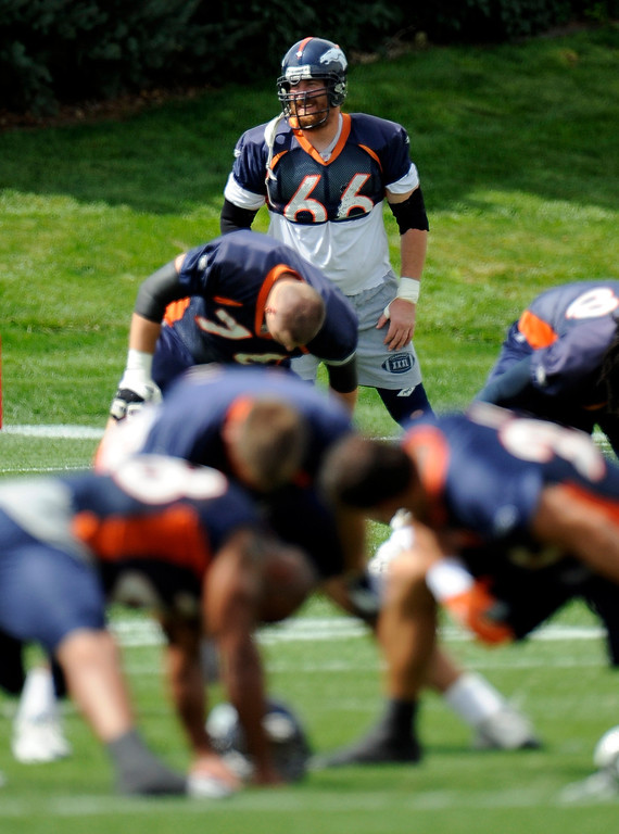 . Denver Broncos Tom Nalen (66) stretches during workouts  at Dove Valley as they prepare for their game against the San Diego Chargers Sunday, September 14, 2008 in Denver.  ( John Leyba/The Denver Post)